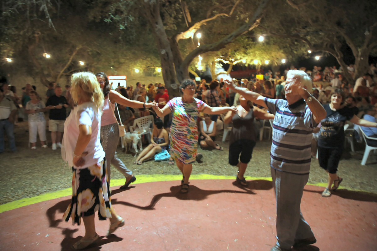 Dorf-Fest in Arillas